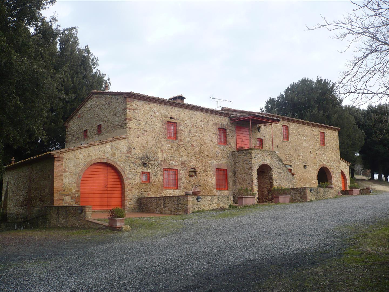 ... ville e unità immobiliari grandi e piccole, siamo specializzati in: www.immobiliarefiaschi.it